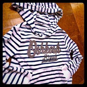 OshKosh hooded long sleeve shirt w pocket s 3T